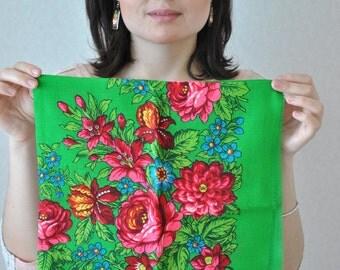 FREE SHIPPING Vintage Wool shawl Folk floral scarf Babushka shawl Russian shawl Chale russe Wool scarf Vintage shawl Scaf Shawl Folk floral