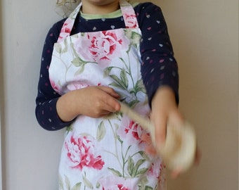 Childrens Pink Floral Apron, Girls apron (3-5 years)