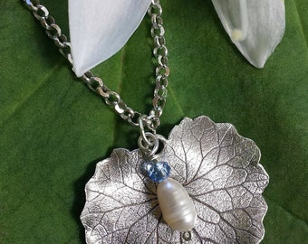Fine Silver, Pearl, leaf Handmade Necklace