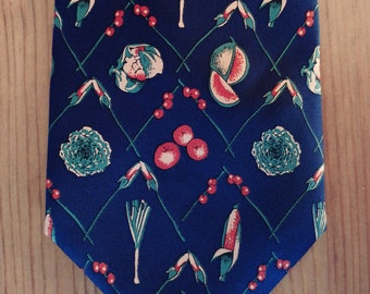 Tie of silk man vintage. Stamping plant.