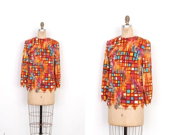 Vintage 1960s Blouse / 60s Printed Top with Zig Zag Hem / Orange (small S)