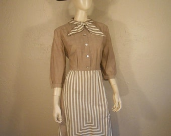 She is His Every Day Gal - Vintage 1950s Beige Stripe Faux Apron Secretary Dress - 12/14