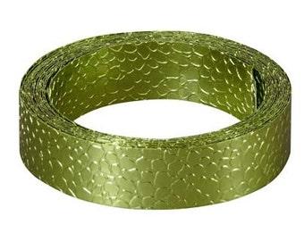 Apple Green Snakeskin Wire