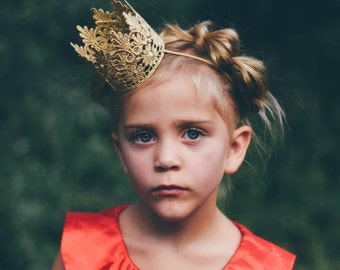 Ready to Ship ||Tallulah || WASHABLE || gold MINI lace crown|| headband option|| photography prop