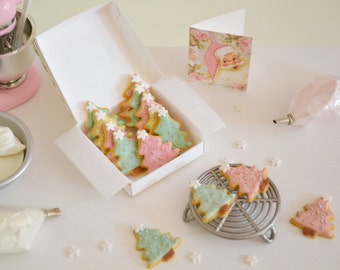 Sweet Petite Play Scale 1:6 scale Christmas Tree Cookies for Blythe