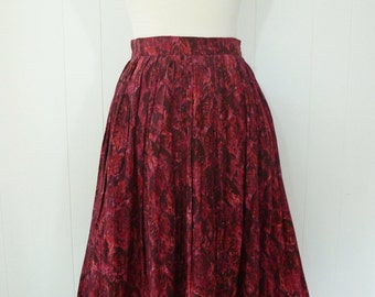 50's Feather Novelty Print Full Skirt Burgundy Red Silk Rayon Leaf Gathered Skirt S M