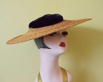 Vintage 1930's Navy Blue Velvet and Raffia Tilt Hat | Art Deco Cartwheel Hat