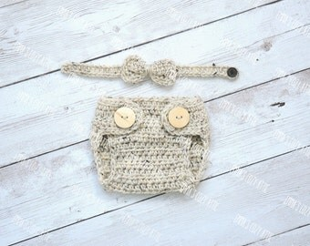 Diaper cover and bow tie, baby diaper cover, newborn diaper cover, boy diaper cover, diaper cover set, crochet diaper cover, baby bloomers