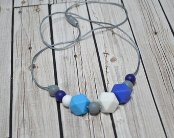 Chewlery - Chew Beads - Silicone Teething Necklace - Silicone Teether - Mom Jewlery