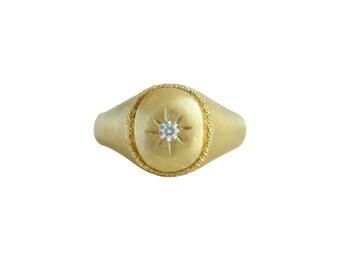 Gold Signet Ring, Women's Signet Ring, Matte Gold, Signet Ring for Women, Oval Signet Ring, Diamond Signet Ring