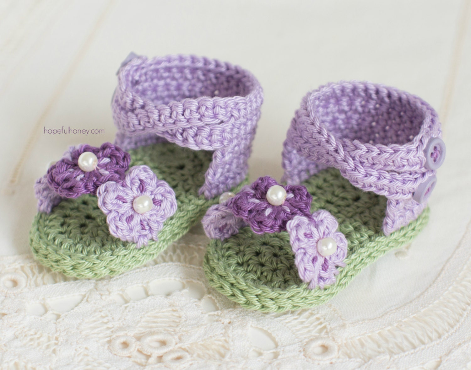 Crochet Patterns In English : CROCHET PATTERN English Violet Baby Sandals