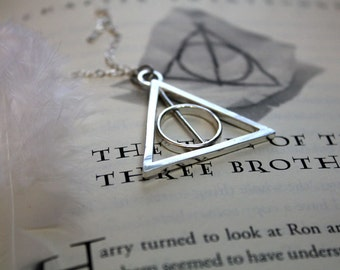 Sterling Silver Harry Potter Deathly Hallows Tale of the Three Brothers Spinning Necklace
