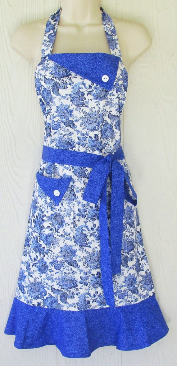 blue floral apron retro style apron full apron by kitschnstyle. Black Bedroom Furniture Sets. Home Design Ideas