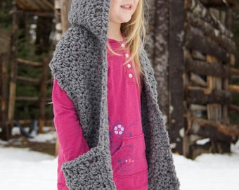 Crochet Hooded Scarf with Pockets | Bulky Yarn | Size 12-18 months, Toddler, Child, Teen, Adult