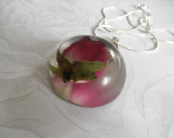 Reflection of True Love-Red Rosebud 3 Dimensional Round Resin Half Dome Pendant-Gifts Under 30-June's Birth Flower-Symbolizes True Love