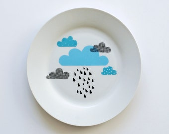 Clouds and rain breakfast plate