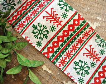 Red and Green Nordic Fair Isle Snowflake Wired Grosgrain Ribbon