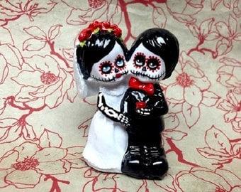 Little Skeleton Couple Wedding Cake Topper