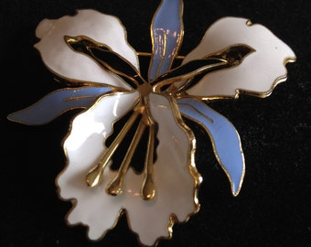 Vintage Enamelled, Blue and White  Brooch.