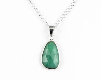 20% off Natural Chrysoprase Necklace