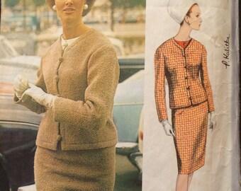 Vogue Paris Original  Suit and Blouse Pattern 1316 by Nina Ricci with LABEL