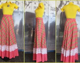 Maxigonna a quadri anni 70.Vita alta.Tg 44/ 1970s cotton maxi skirt/Plaid skirt/Croched band at bottom/High waisted/Made in Italy.Size 10-12