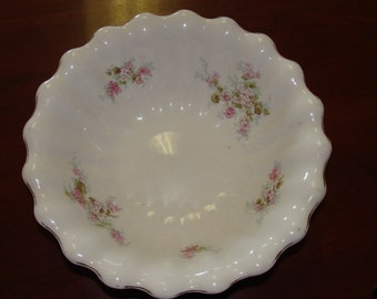 Beautiful Vintage Shabby Chic Scalloped Porcelain China Serving Bowl