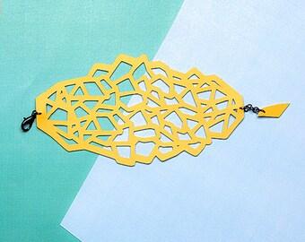 POLYGON MAXI - Handmade bracelet faux leather cut