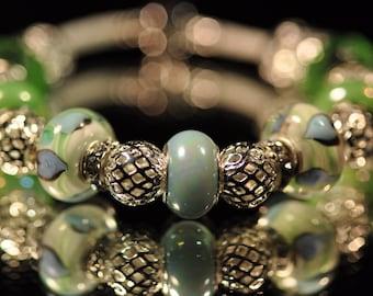 Heartwarming Green ~ Bracelet