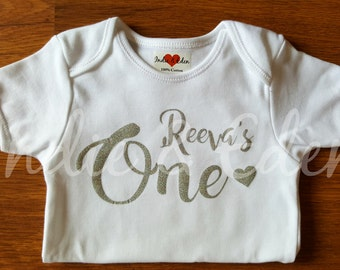 Silver Gold Girls Baby Personalised Name One 1st Birthday Vest Baby Grow Babygrow Cake Smash Photo Prop
