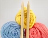 "Blanket KNITTING KIT. 32"" x 48"" Giant 40mm Knitting needles. Super Chunky DIY Throw knit, Learn to knit, extreme knitting pattern, crochet"