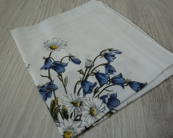 French vintage white cotton printed ladies handkerchief (00296)
