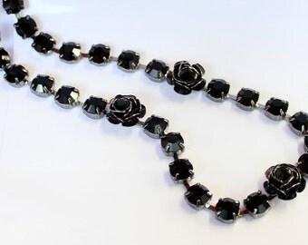 1pcs--Necklace With Black Stones, Rhinestones (B51-16)