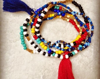 Lot of 6 bracelets, multi-colored beads with pom poms blue and Red