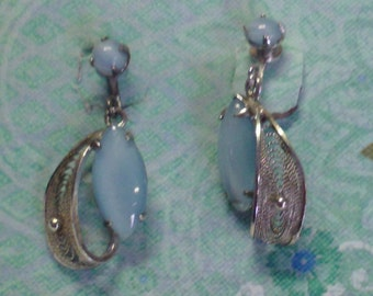 Vintage Chalcedony Silver Filigree Earrings (1960's)