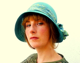 Straw Cloche Hat Women. Turquoise Aqua Blue Flapper Hat. Straw Hat. Summer Hat. Spring hat.