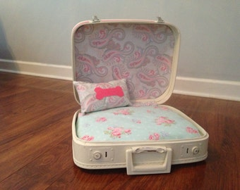 Shabby Chic Vintage Suitcase Pet Bed-Dog or Cat