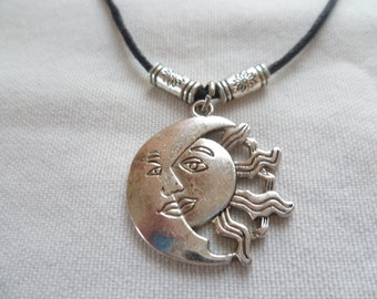 Sun and moon choker,choker necklace,sun choker,moon black choker,moon jewellery, sun jewelry,gift,moon necklace,wiccan,pagan,moon and sun,