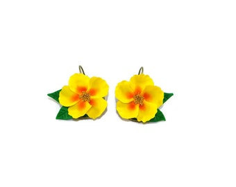 The yellow Islands, style tiki Flower Earrings