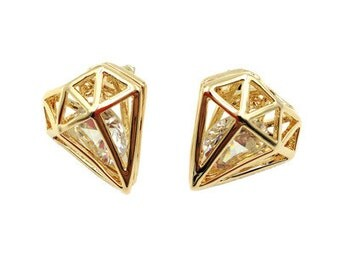 Golden triangle stud earring