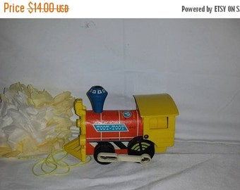 Vintage Toot Toot Pull Toy Train, Fisher Price Toot Toot the Train, Circa 1964, Toot Toot the Train, # 643, Toddler Toy, Vintage Train Toy