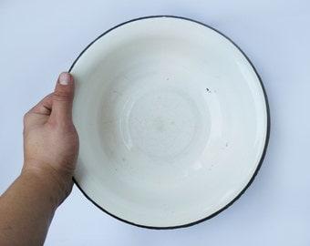 Vintage enamel bowl, Rustic bowl, enamel bowl, vintage bowl, enamelware, vintage enamelware, vintage kitchen, fruit bowl, vintage bowl