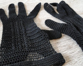 Black crochet gloves size 5