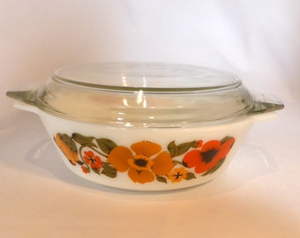 Pyrex red and yellow flower Casserole dish - original from the 1970s