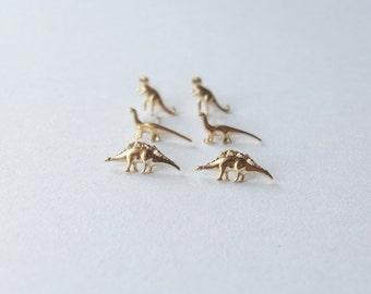 Dinosaur stud earrings 6/pcs