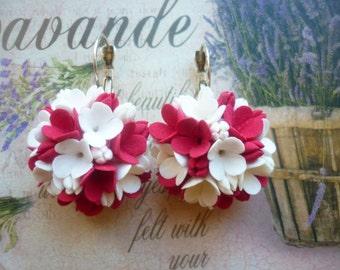 Flower earrings White red earrings Statement earrings Floral earrings Blossom earrings Petal earrings Cluster earrings Wedding earrings boho