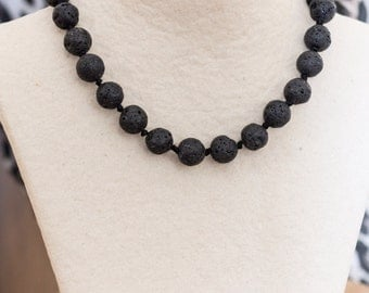 Volcanic Lava Necklace - Black