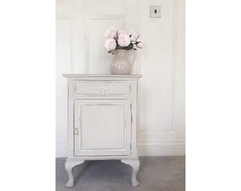 Stunning little bedside table/lamp stand handpainted in grey and white featuring 1 drawer and 1 cupboard standing on gorgeous Cabriole legs
