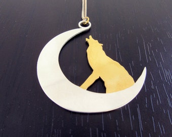Wolf on the moon necklace |Crescent necklace |silver wolf necklace |wolves howling necklace |925 sterling silver wolf moon