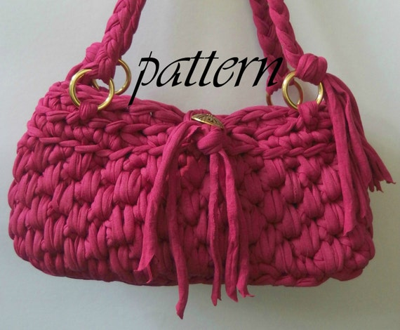 Crochet Patterns For T Shirt Yarn : Crochet pattern pink t shirt yarn handbag by ...